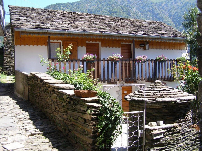 Rustico in Cicogna, Lago Maggiore, Val Grande, Piemont ...